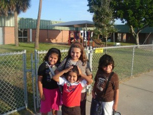 Sofia, Helena, Carlos and Juan Carlos at the school